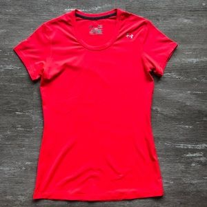 ⭐️S UNDER ARMOUR FITTED PINK ATHLETIC TEE *SALE*
